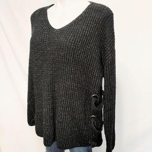 Doe & Rae Black Oversize Grommet Sweater Rockstar sz L